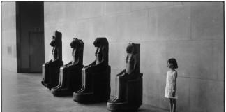 new york metropolitan museum mostra Elliott Erwitt