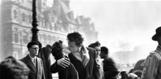 Robert Doisneau foto bacio
