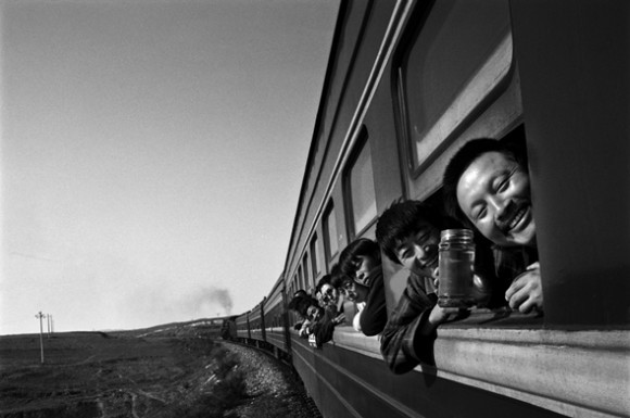foto viaggiatori sul treno Wang Fuchun