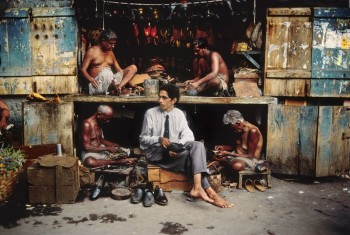 shoemaker india mostra steve mccurry