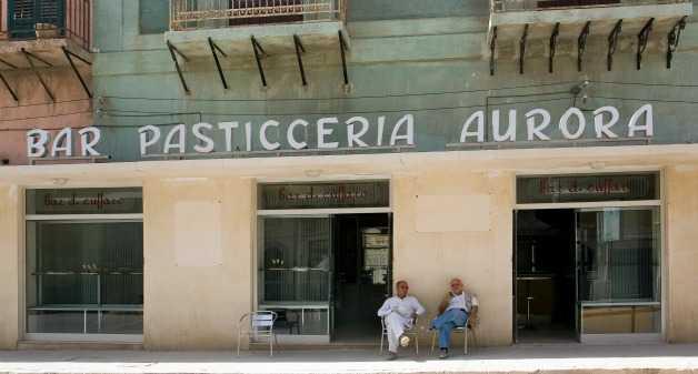 Ferdinando Scianna foto bar pasticceria aurora