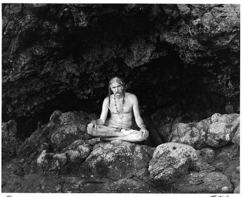 Stan Tomita, Ritratto di Walter Chappell  Oahu, Hawaii, 1977 © Stan Tomita