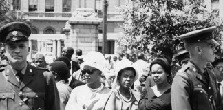 mostra apartheid milano