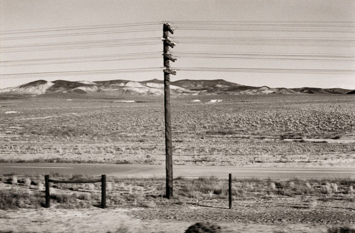 ©Elaine Mayes, Autolandscape, Nevada, 1971, gelatin silver print, Smithsonian American Art Museum, Museum purchase, © 1971, Elaine Mayes