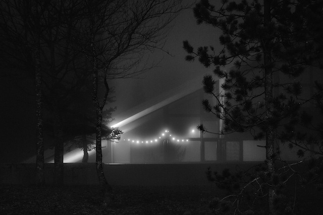 """""""Before You, Santa Claus, Life was like a Moonless Night"""" il progetto fotografico di Andrea Alessio"""