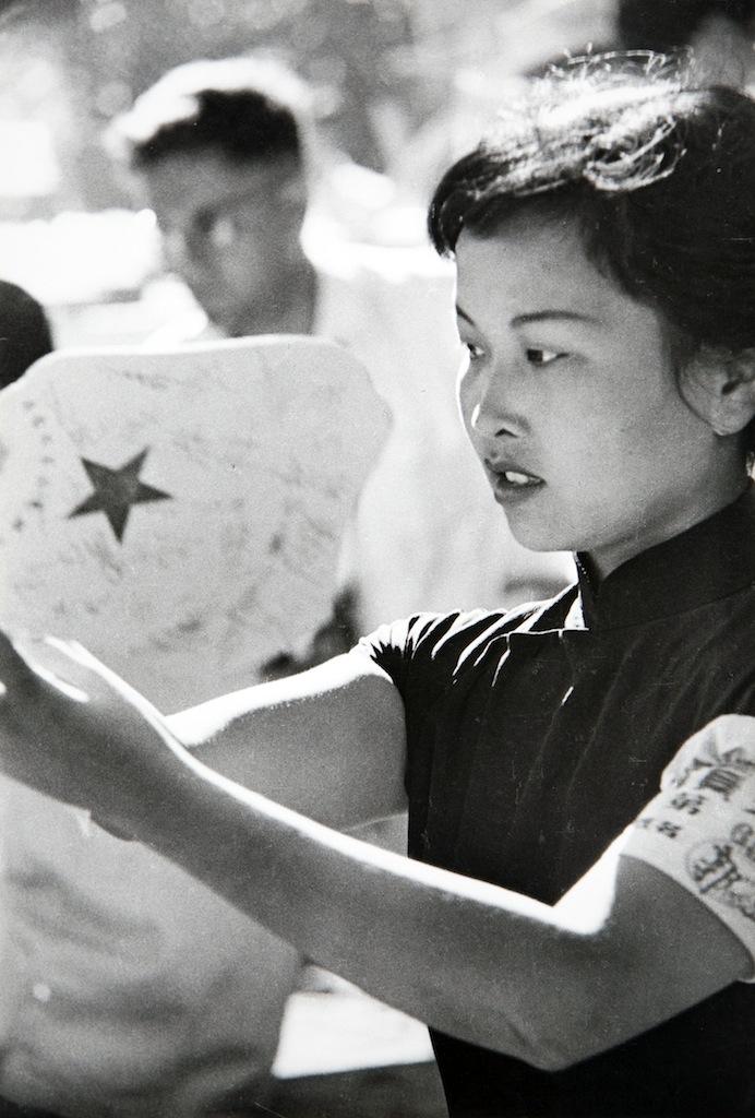 Henri Cartier-Bresson, Shangai, sd © Henri Cartier-Bresson Raccolta della fotografia, Galleria civica di Modena
