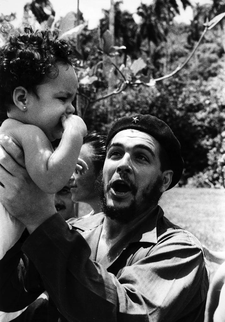 Roger Pic, Il Che, 1962 © Roger Pic Raccolta della fotografia, Galleria civica di Modena