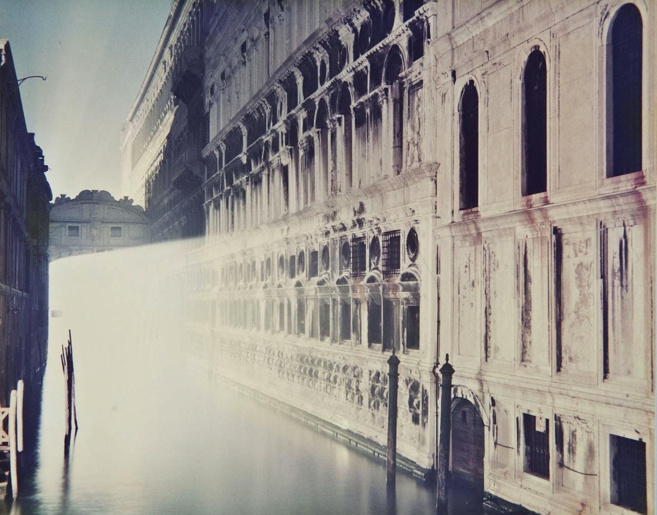 Luigi Ghirri_Venezia, 1987_Courtesy Fototeca Biblioteca Panizzi, Reggio Emilia©Eredi Ghirri