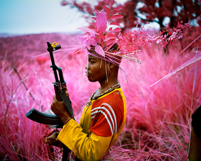Safe from harm, 2012 © Richard Mosse / Courtesy of the artist and Jack Shainman Gallery, New York