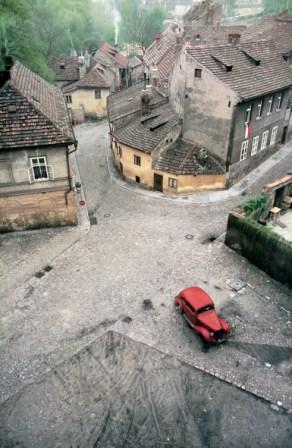 Praga 1967 © Franco Fontana