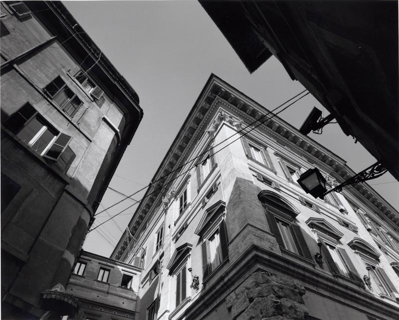 Gabriele Basilico  Palazzo Montecitorio, 1990 Gelatina ai sali d'argento,