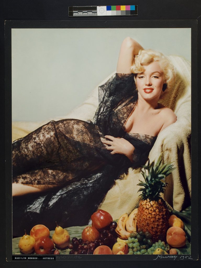 Nickolas Muray Marilyn Monroe…Attrice, 1952 Stampa a carbone, cm 47.6 x 37.6  George Eastman House New York, USA