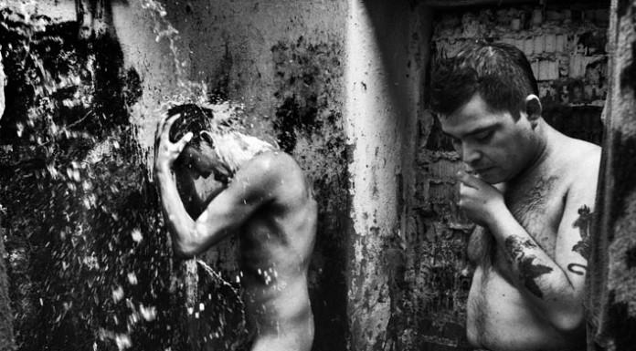 Encerrados viaggio nelle carceri sudamerica con foto Valerio Bispuri