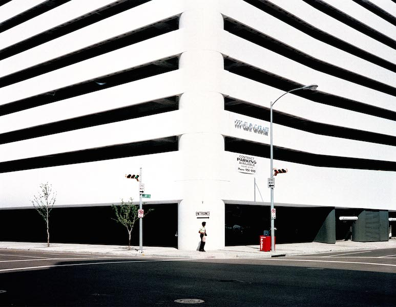Wim Wenders 'Entrance', Houston, Texas © for the reproduced works and texts by Wim Wenders: Wim Wenders/Wenders Images/Verlag der Autoren 1983 Lightjet Print 202 x 242 cm