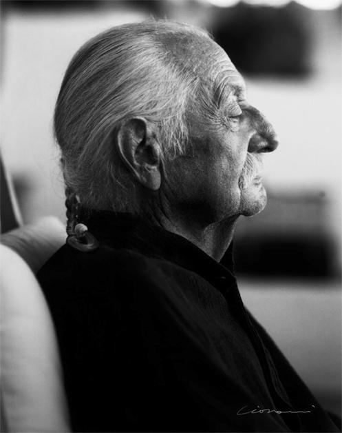 Giovanni-Gastel-Ettore-Sottsass-Polaroid-20x25-2006-©-Giovanni-Gastel