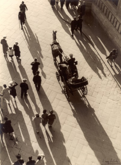 V. Balocchi, Firenze, 1938. Stampa alla gelatina bromuro d'argento, 385x284 cm. Courtesy Museo di Storia della Fotografia Fratelli Alinari - Archivio Balocchi, Firenze. © Raccolte Museali Fratelli Alinari.