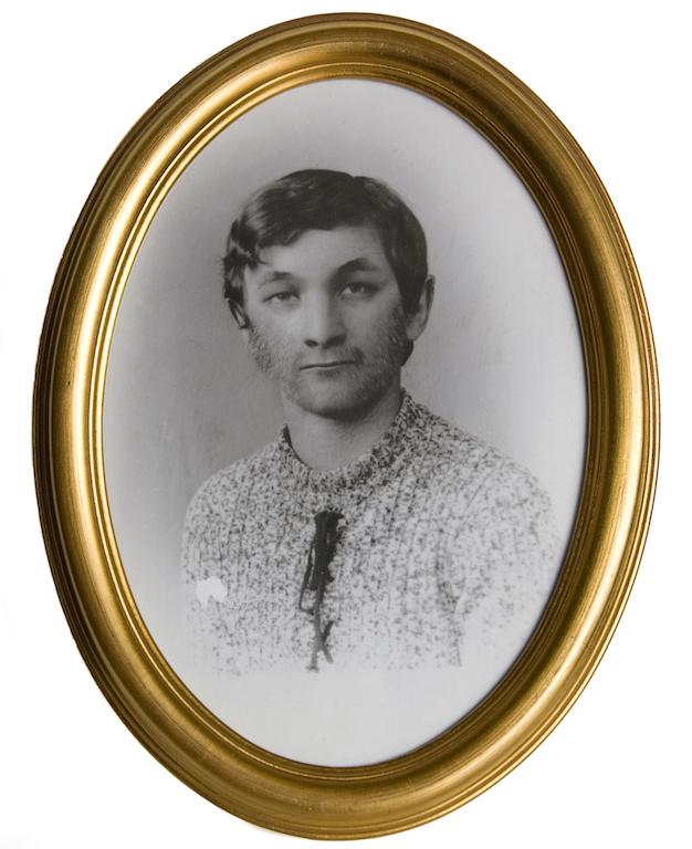 ph Moira Ricci