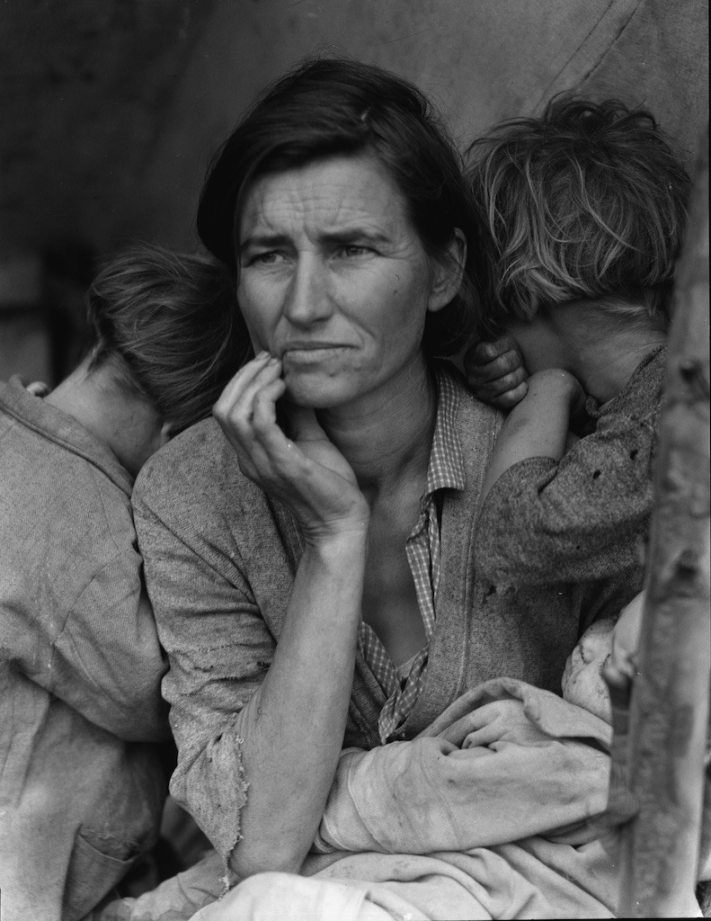 Migrant Mother, 1936 Photographic print, exhibition copy, 30 x 18 cm. The Library of Congress, Washington DC
