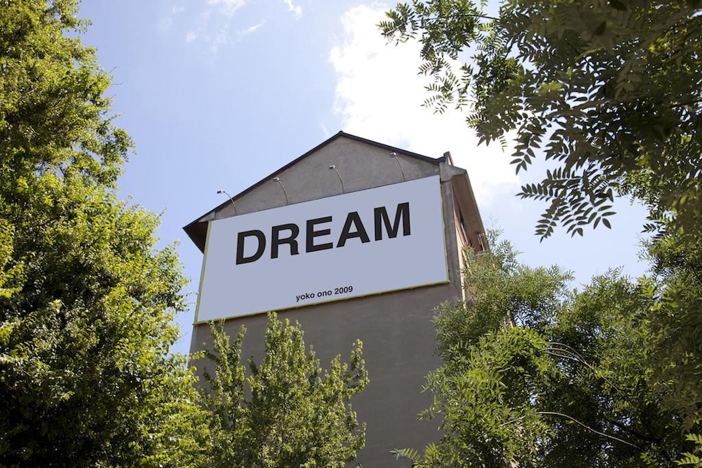 YOKO ONO Dream: Project In Una Parola 2009. Photo by Daniele Nalesso ©Yoko Ono, courtesy Fondazione Bonotto, Molvena
