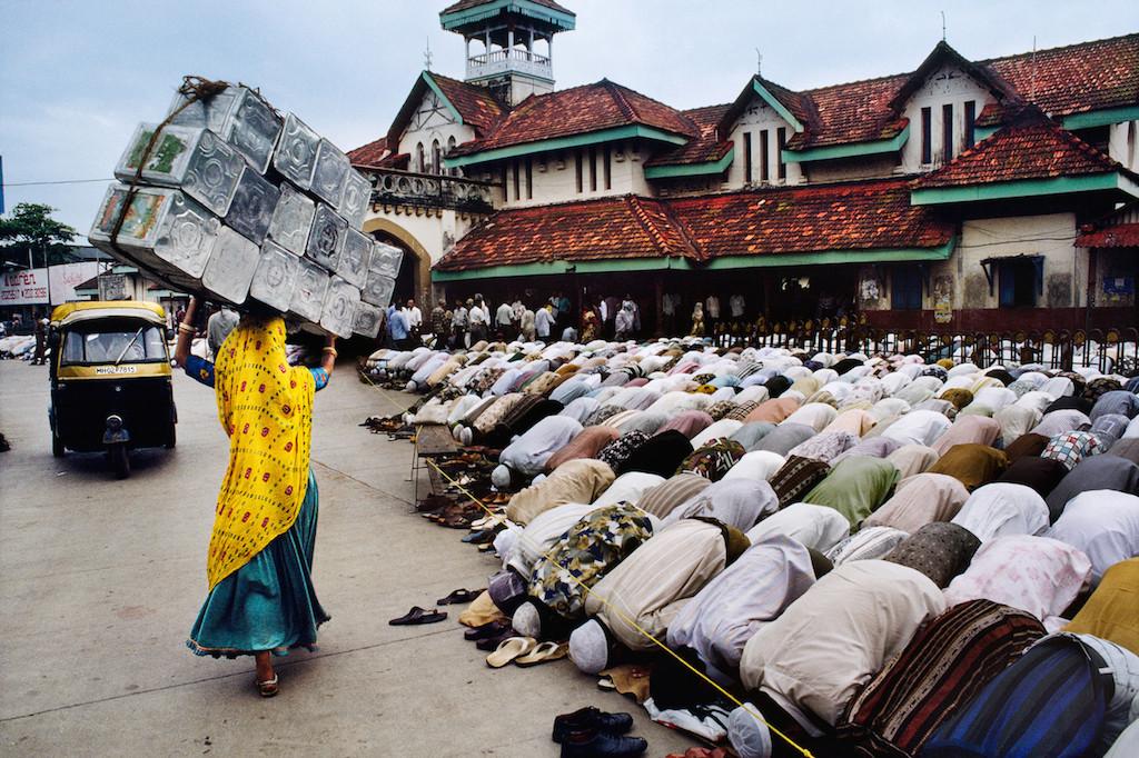 Mumbai, India, 1996 © Steve McCurry