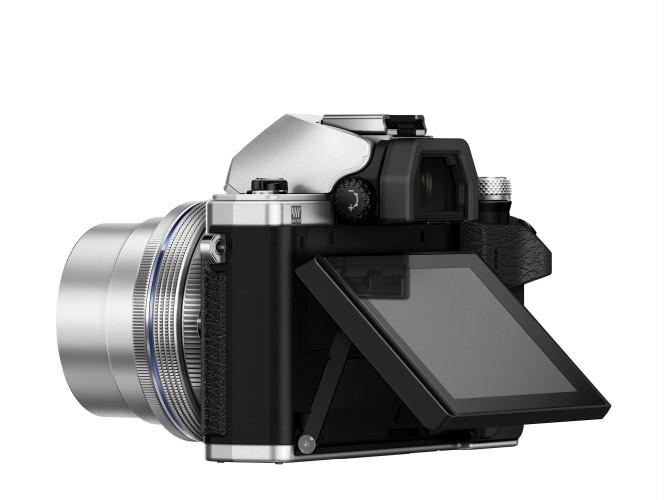OM-D_E-M10_Mark_II_EZ-M1442EZ_silver_display_300dpi_900x500