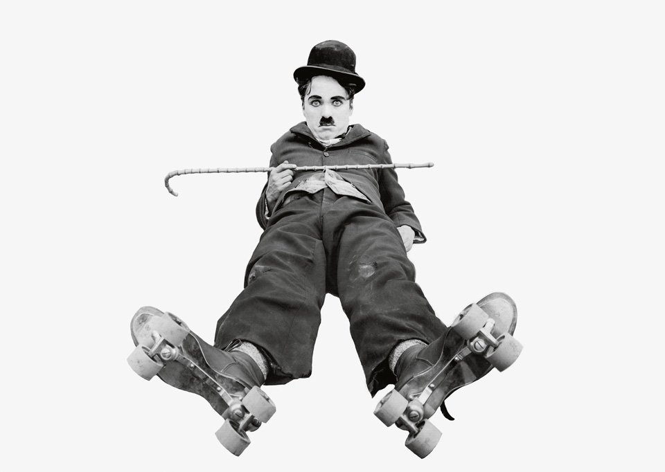 Chaplin nel film Charlot al pattinaggio (1916). © Roy Export Company Establishment.