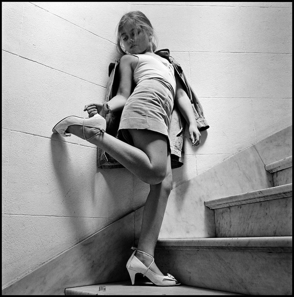 ALESSANDRA SANGUINETTI Anahi ü (From the series Sweet Expectations) 1994 © Alessandra Sanguinetti, courtesy Yossi Milo Gallery, New York