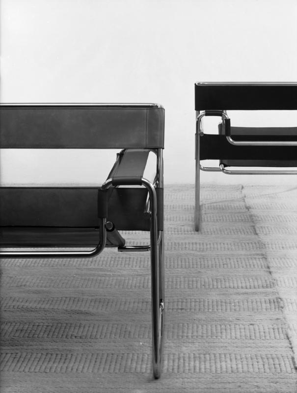 Gavina Design: sedie Wassily su disegno di Marcel Breuer, Bologna, 1962-1969 Archivi Alinari-archivio Villani, Firenze