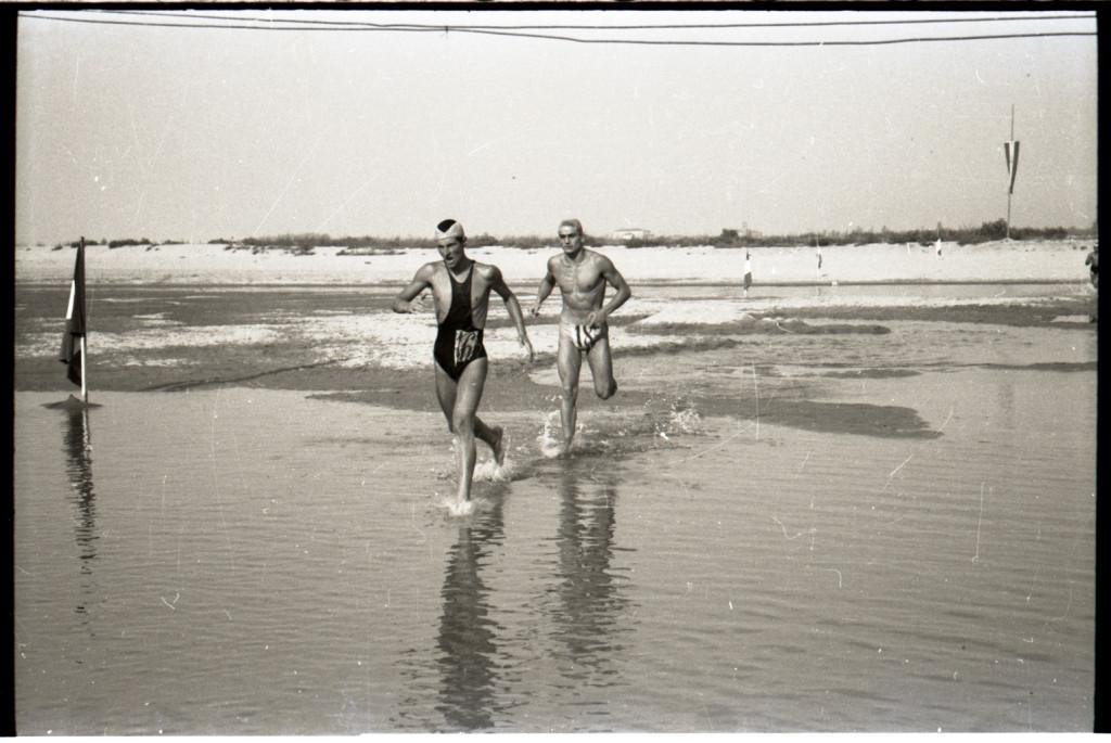 Attraversata del Po. 1942.  Foto Renzo Vaiani