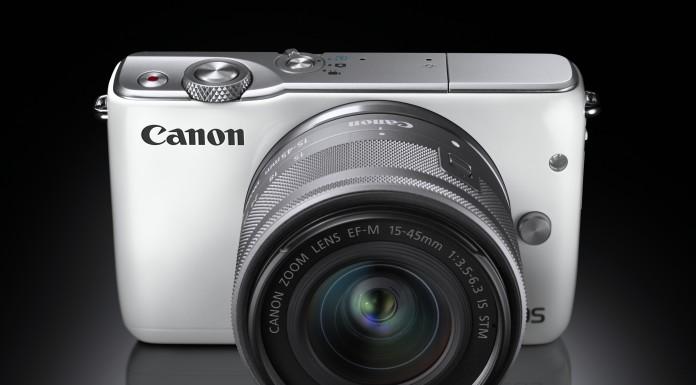 Canon Eos M10 mirrorless con prestazioni da reflex