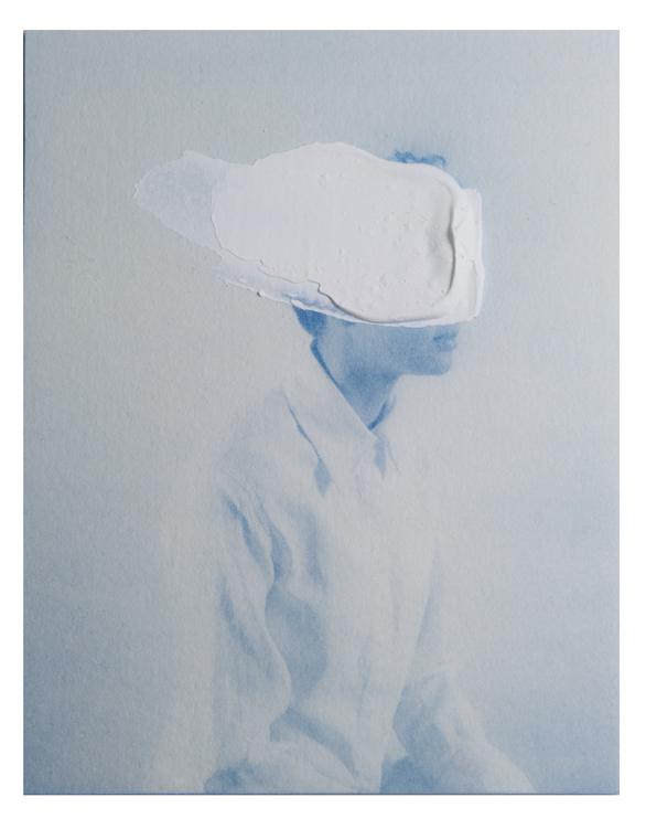 Luca Andrea De Pasquale, Untitled 06, 2015, tecnica mista su cianotipia, 10,5x9,5 cm