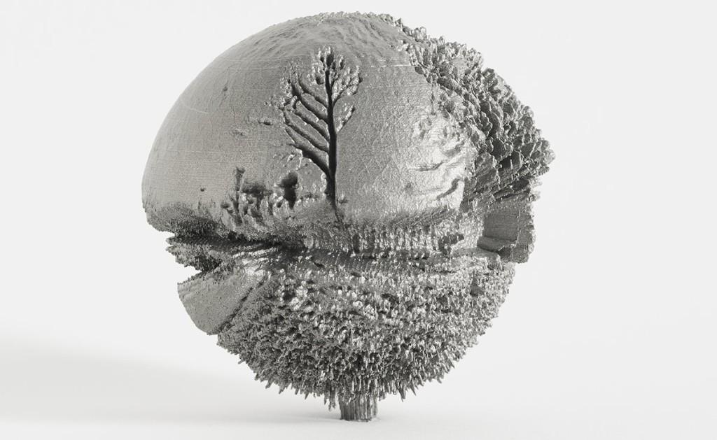 """Ives Maes, 50° 58'56""""N x 5°22'17"""" E, 2014. Stampa 3D in titanio, d. cm 10, pezzo unico. Opera realizzata e sponsorizzata da Melotte Digital Manufactoring, Zonhoven, Belgio"""