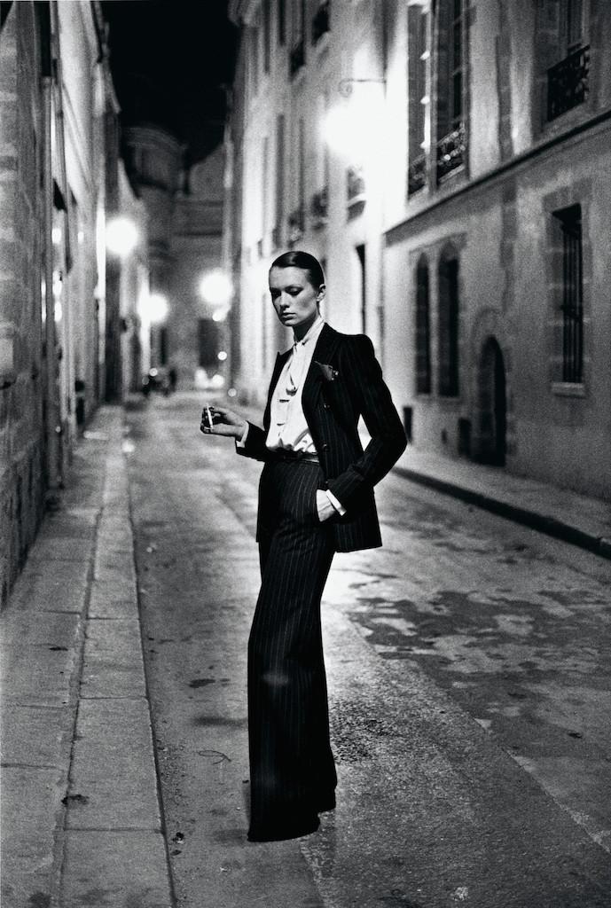 Yves Saint Laurent, French Vogue, Rue Aubriot, Paris 1975 © Helmut Newton / Helmut Newton Estate