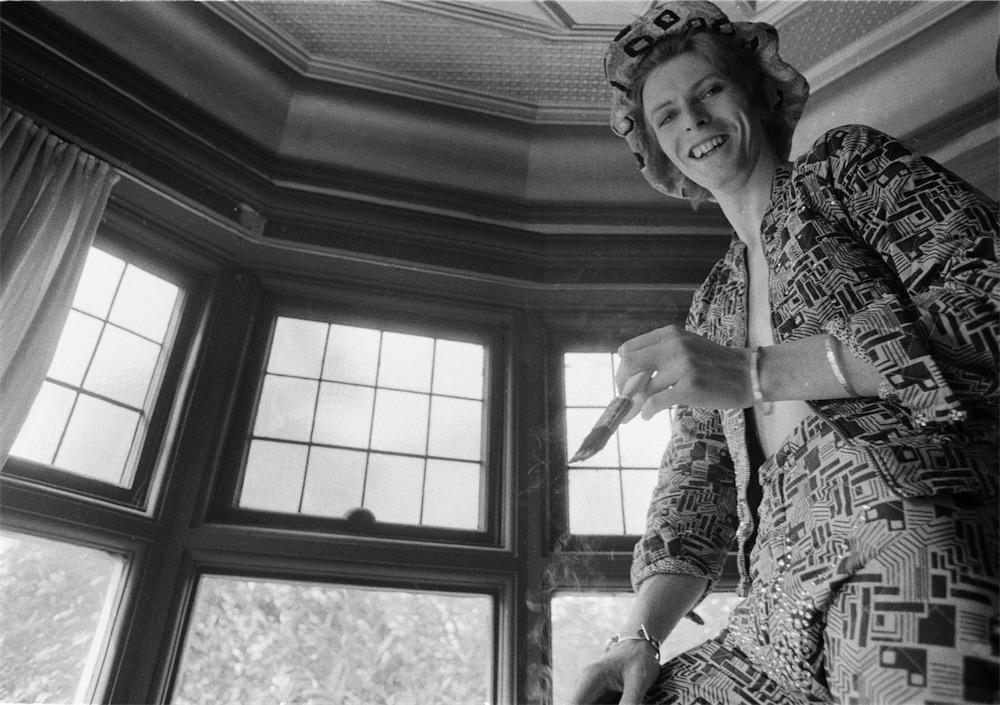 ©Michael Putland, David Bowie at home Beckenham Kent UK 1972
