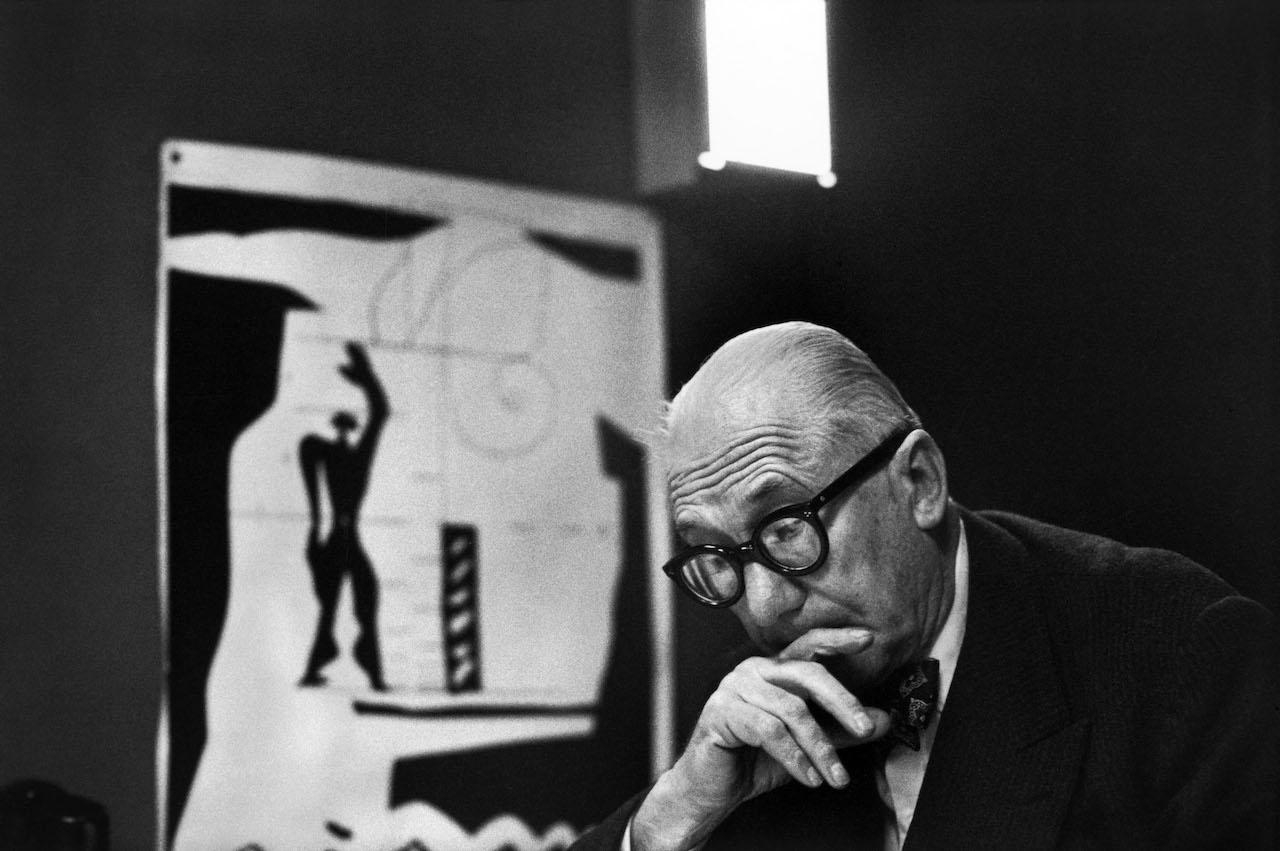 """René Burri, Le Corbusier and his """"Modulor"""" in his office, 35 rue de Sèvres. Paris, France, 1959 © René Burri / Magnum Photos"""