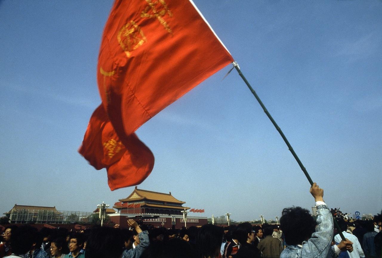 René Burri, Tiananmen Square, Beijing, China, 1989 © René Burri / Magnum Photos