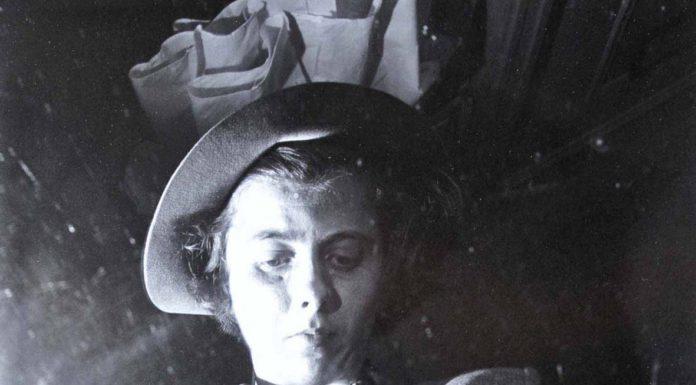 Fotografie © Vivian Maier – Collezione Association Vivian Maier et le Champsaur, Fondo John Maloof