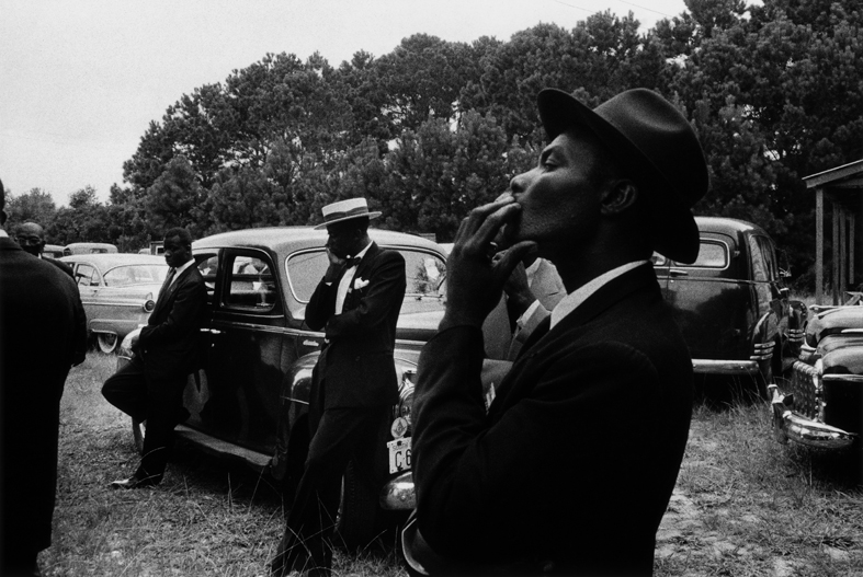 robert-frank-funerale-st-helena-south-carolina-1955