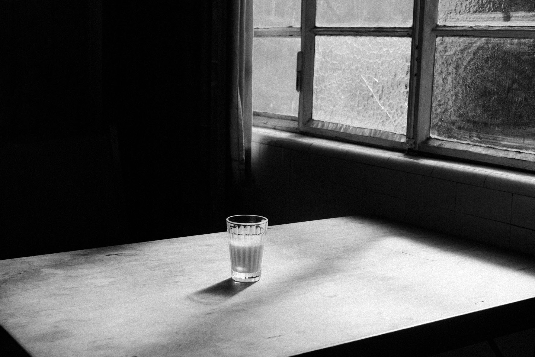 Daniel Blaufuks_21 de Setembro de 2015 3:06, from the series Attempting Exhaustion 100 X 150 cm, Inkjet print on paper GALERIA Vera Cortês, LISBOA © DANIEL BLAUFUKS