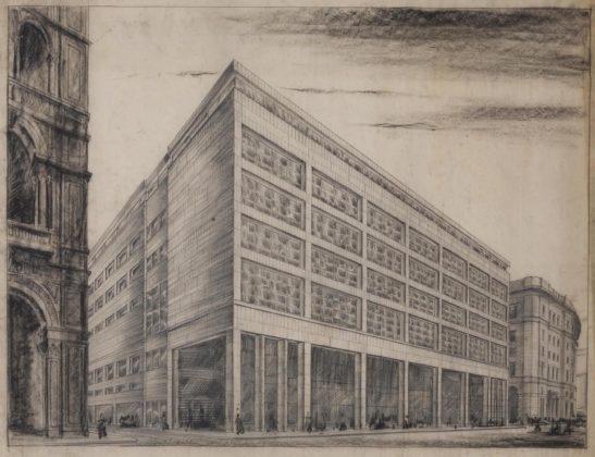 Archivi per un grande magazzino in mostra a Parma