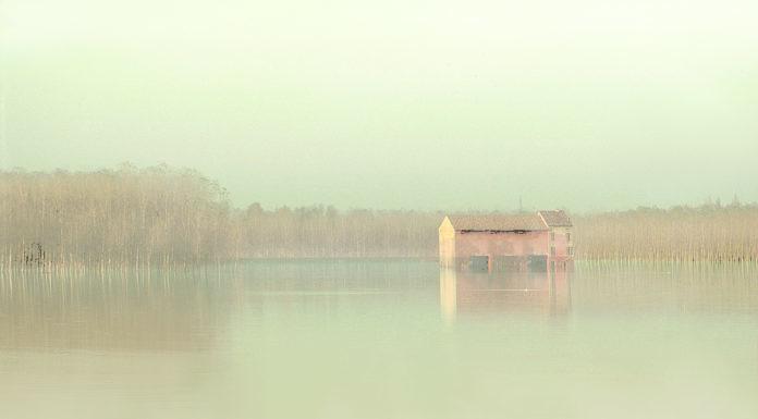 Il fiume Po visto da Riccardo Varini in mostra a Reggio Emilia