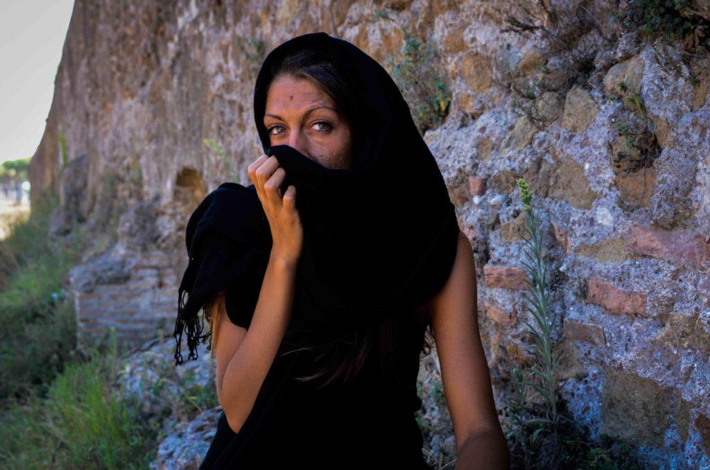 Emanuela Caso mostra roma
