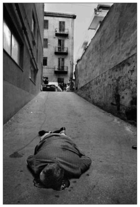 morto in strada Shooting the Mafia Letizia Battaglia mostra milano