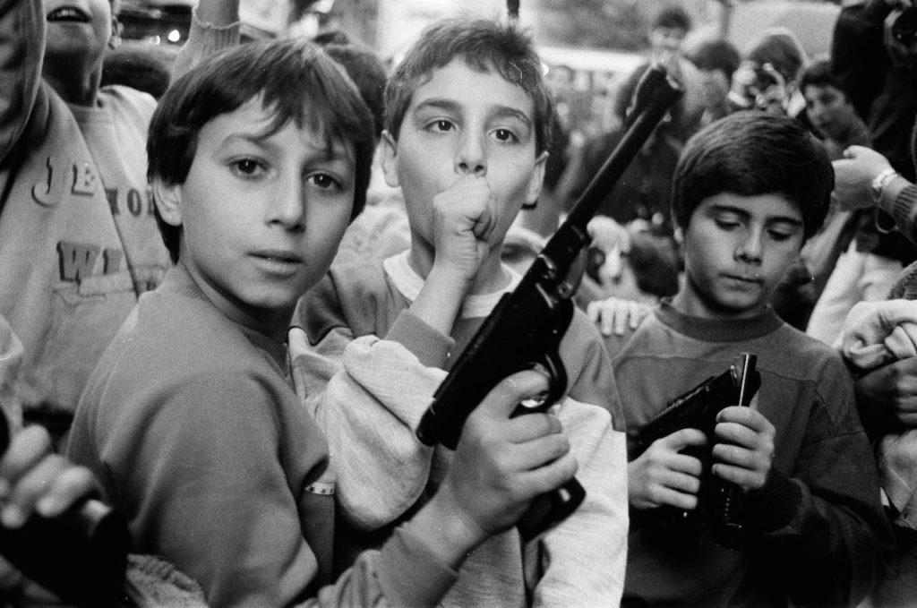 bambini per la festa dei morti foto letizia battaglia mostra napoli
