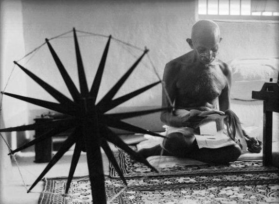 Margaret_Bourke-White_Gandhi