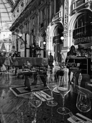 appunti di viaggio fotografi_Ludovica Sagramoso Sacchetti_RILESSI IN GALLERIA_Milano_2019