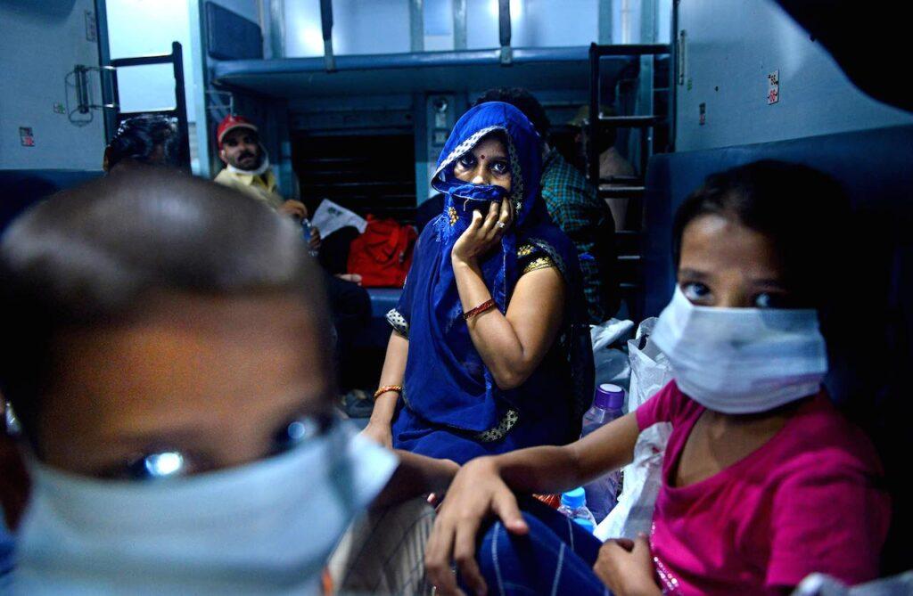 Coronavirus tre video installazioni a Roma