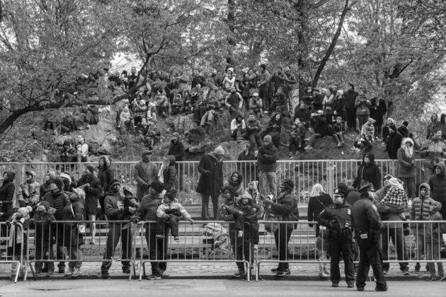 americans-parade-george-georgiou-mostra-bologna