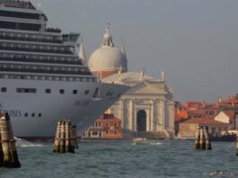 Gianni Berengo Gardin Tale of Two Cities streaming