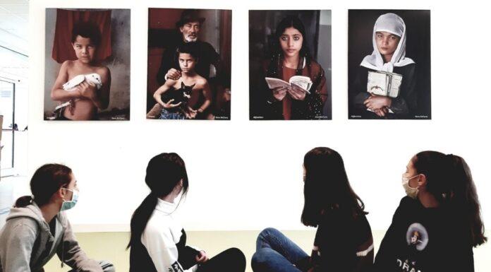 fotografie mccurry scuole reggio emilia
